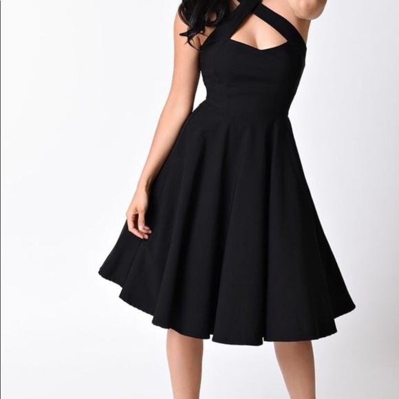 cca6413dbaa 1950s Style Black Criss Cross Halter Flare Dress